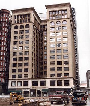 図3-1-5:Union Trust Building