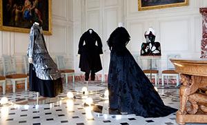図4−3−5:ヴェルサイユ時代のドレス
