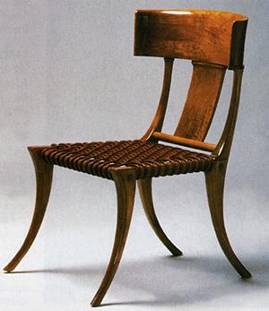 図6-2-6:Klismos Chairのレプリカ