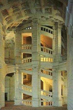 図4-8-10:シャンボール城の階段